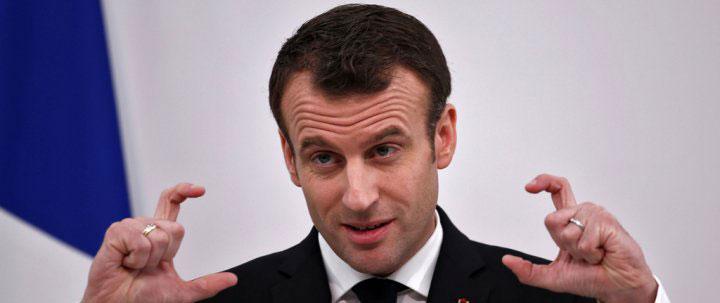 """فرنسا """"ستضرب"""" مواقع الكيماوي السورية"""
