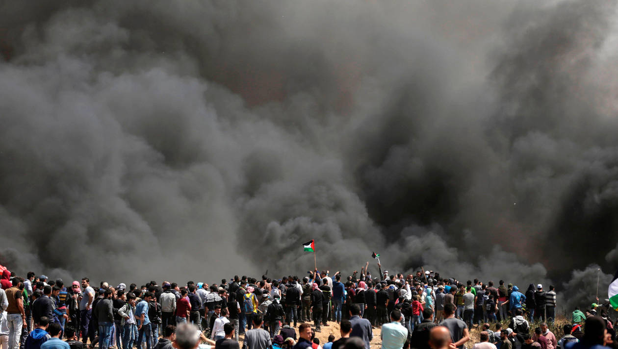 الصهاينة يرتكبون مجزرة في غزة