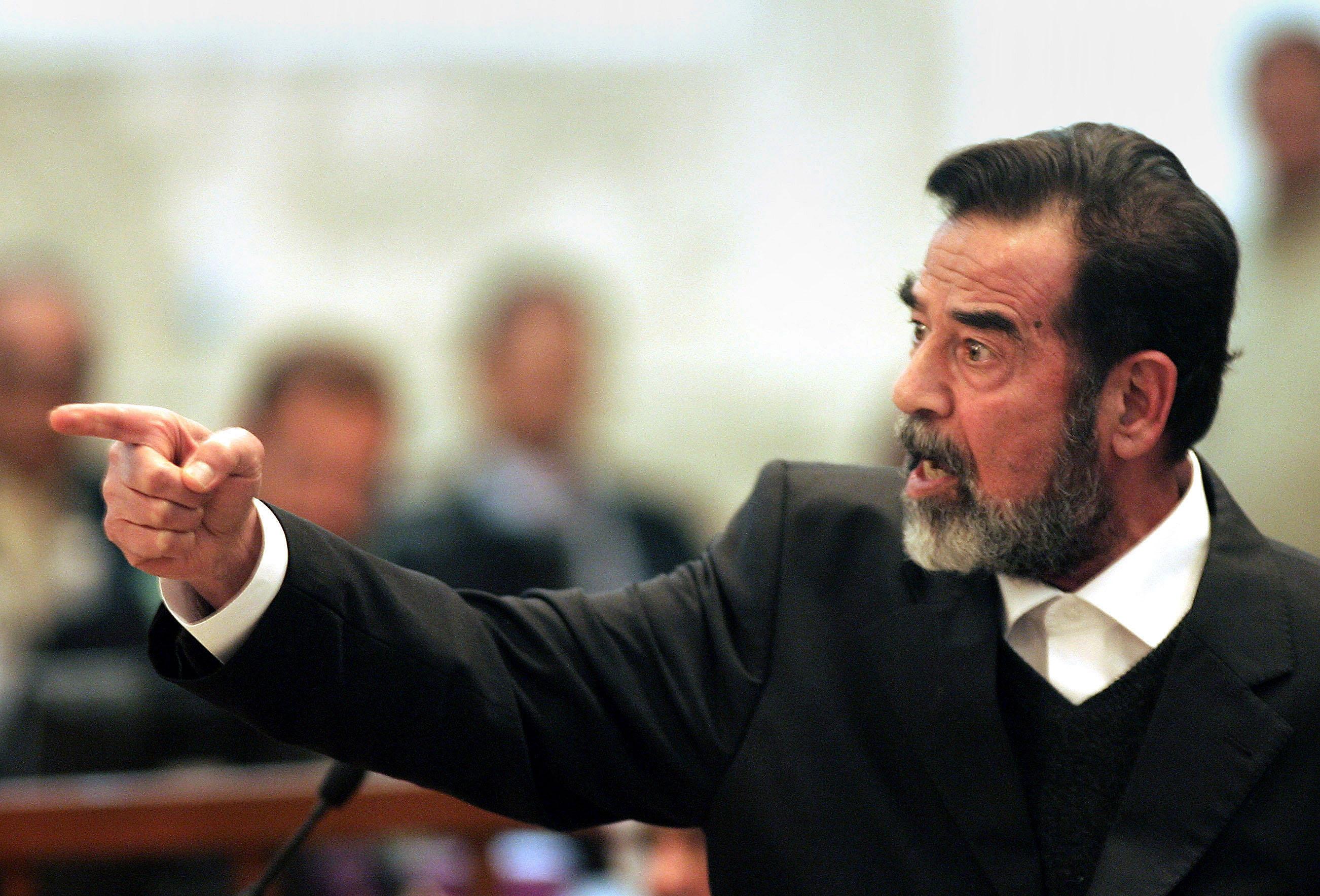 صدام حسينيشعل فتيل أزمة دبلوماسية مع العراق