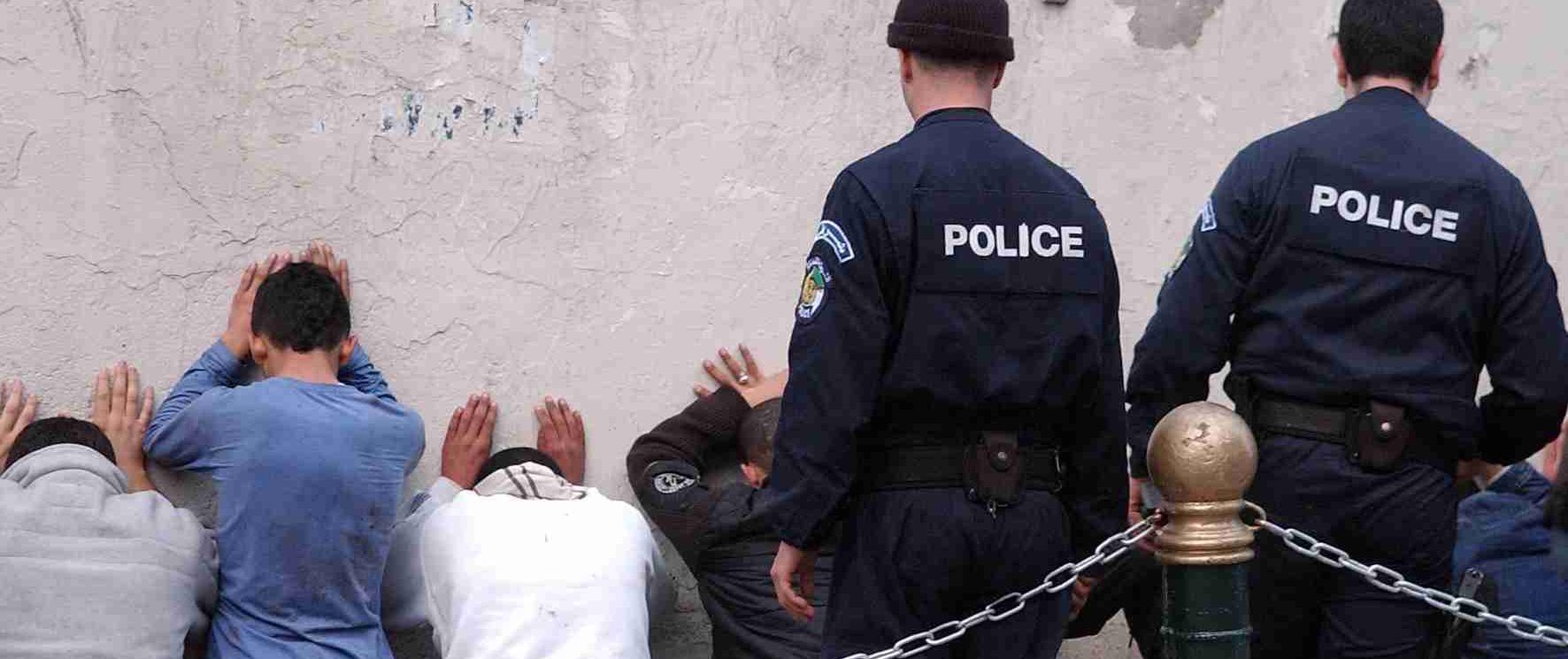-الجزائر: توقيف عصابة إجرامية استولت على3.7 مليار