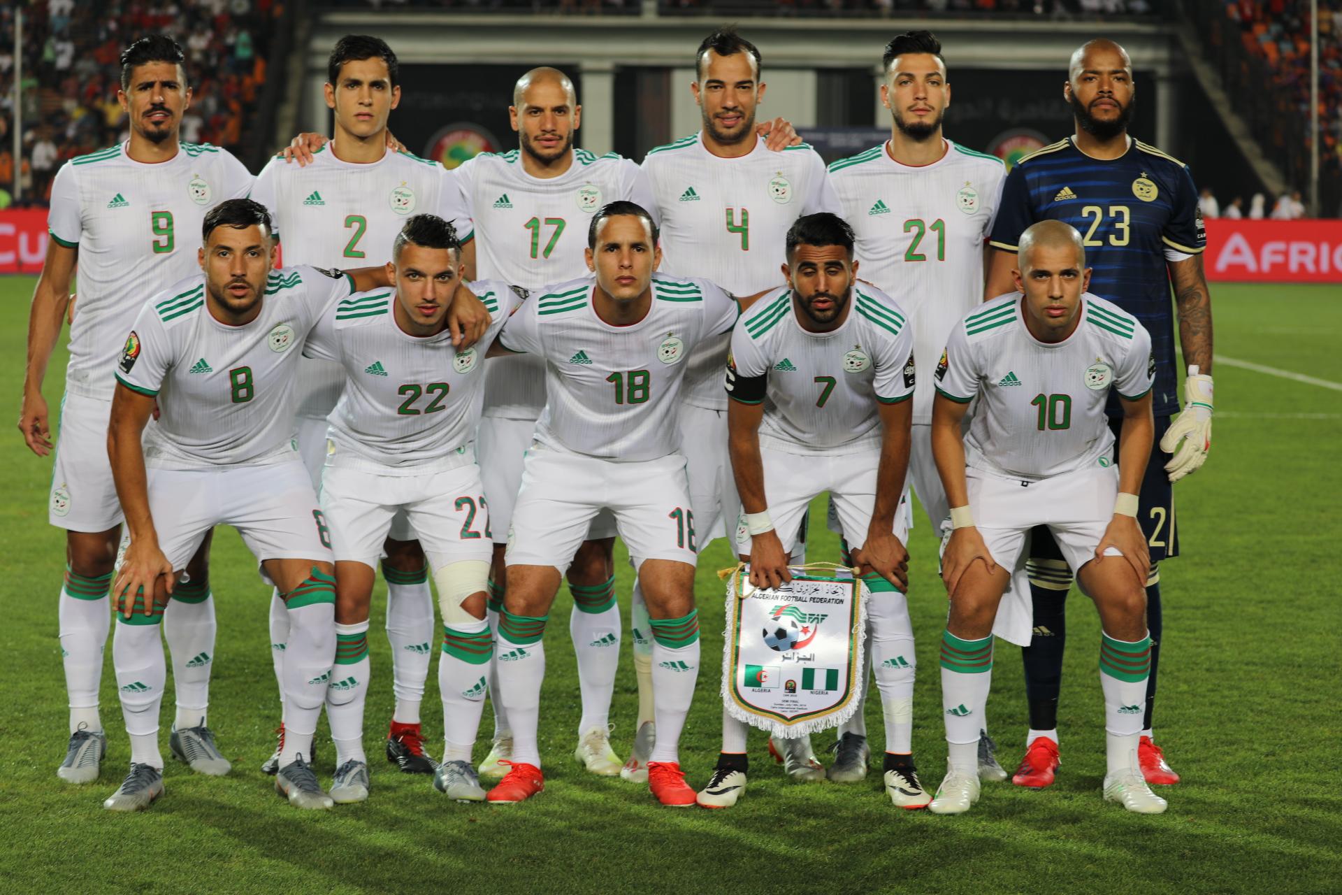 -المنتخب الجزائري ينتقل إلى مدينة ليل